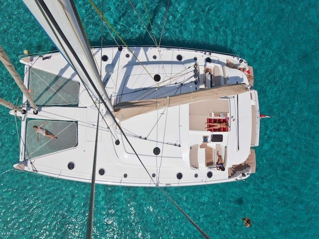Catamaran Yacht Charters Moby Dick