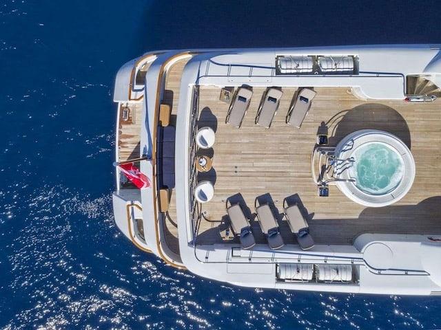 Superyacht Charters Jacuzzi